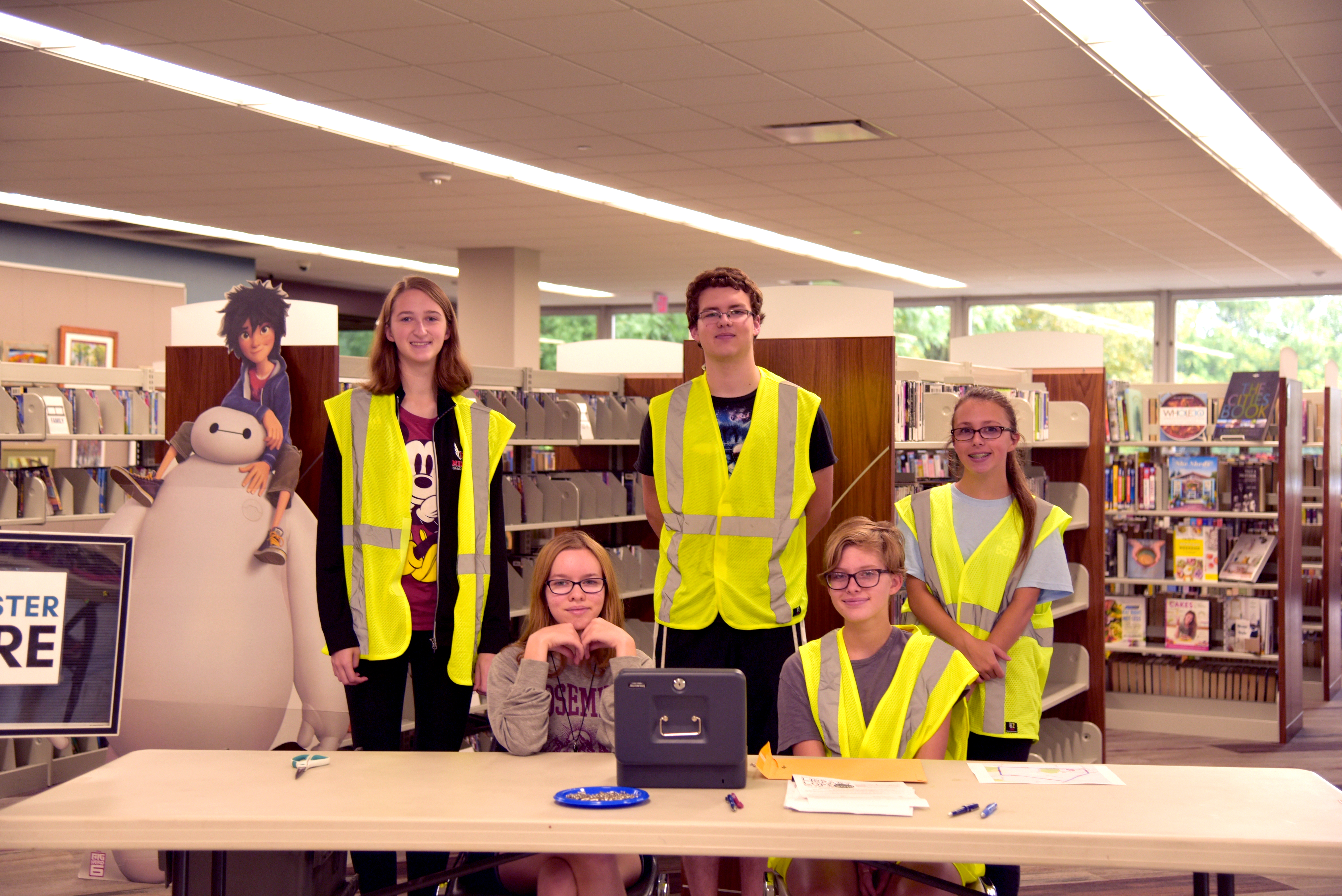 TAB Members Helping at the Library Lope. Photo Credit: Lee Ann Hare