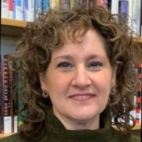 Headshot: Laura Sauser, Executive Director of Wisconsin Library Association